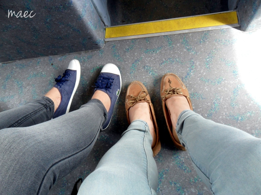 feet at the bus