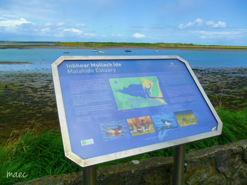 malahde beach sign