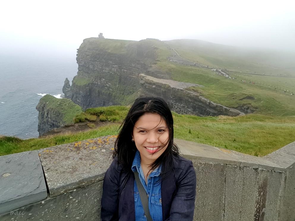 selfie cliff