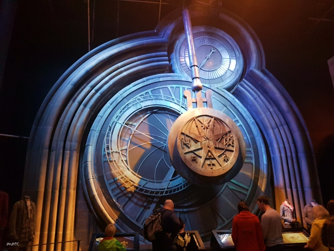 4big-clock